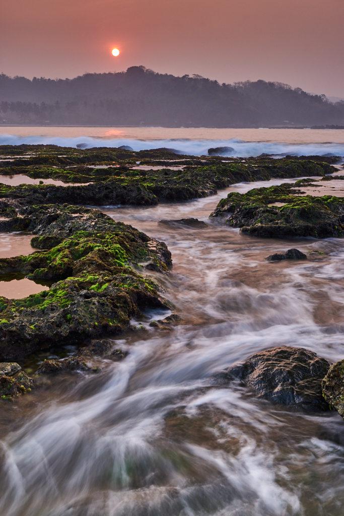 Sunrise di Pantai Karang Bereum